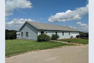 28422 Township Road 95 - Photo 1