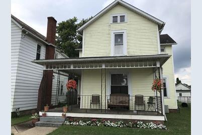 652 E Chestnut Street - Photo 1