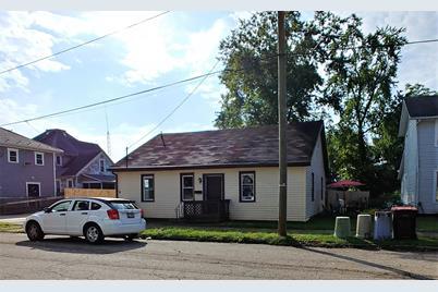 53 Chestnut Street - Photo 1