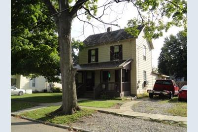 142 N Walnut Street - Photo 1