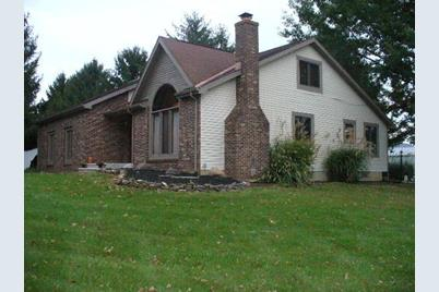 6425 Township Road 87 - Photo 1