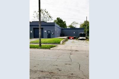 855 & 861 Camden Avenue - Photo 1