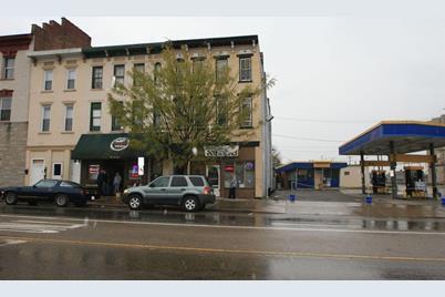 209 W Main Street - Photo 1