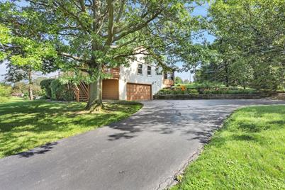 4985 Parkmoor Drive, Westerville, OH 43082
