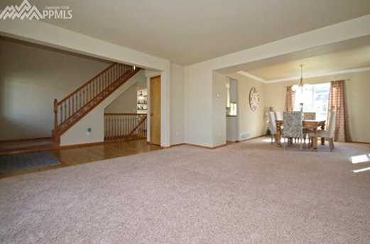 16287 Windsor Creek Drive - Photo 13