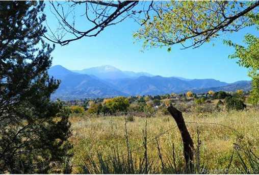 1750 Mesa Road - Photo 2