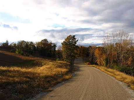 16 Silvertail Road - Photo 3
