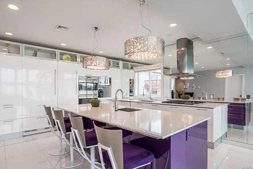 567 Piermont Avenue - Photo 3