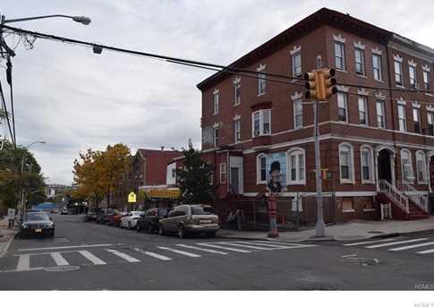 1452 Bryant Avenue - Photo 1