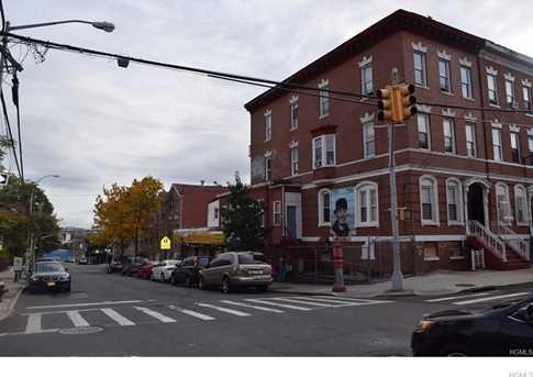 1452 Bryant Avenue - Photo 3