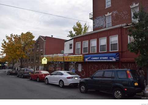 1452 Bryant Avenue - Photo 5