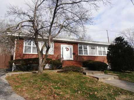 111 Old White Plains Road - Photo 1