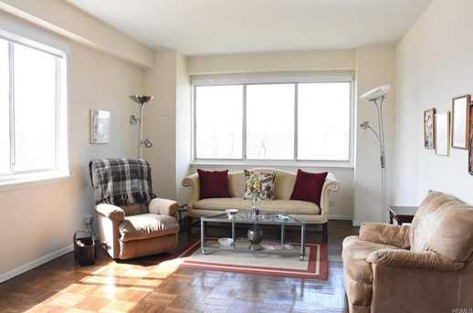 3671 Hudson Manor Terrace #1K - Photo 3