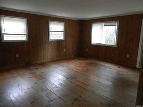 109 Middletown Point Road - Photo 2