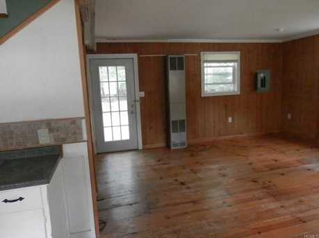 109 Middletown Point Road - Photo 8
