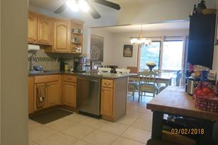 305 Country Club #305 - Photo 1