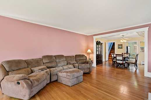2104 Crompond Road, Yorktown Heights, NY 10598 - MLS 4817578 ...