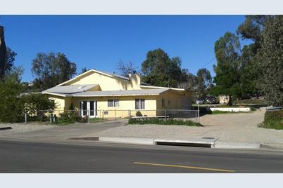 633 Las Flores Drive - Photo 1