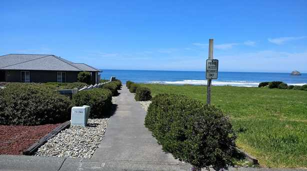 360 Shoreline Dr 29 - Photo 9
