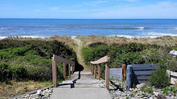 360 Shoreline Dr 29 - Photo 11