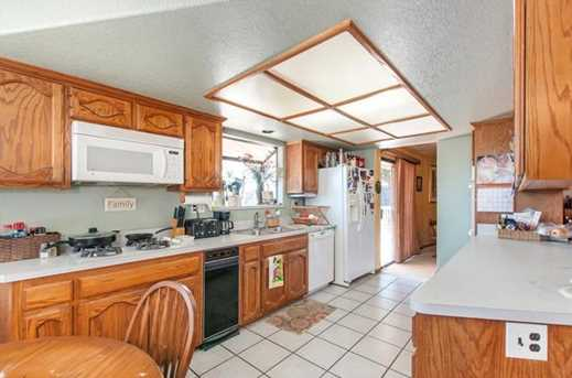9290 Lakeview Terrace - Photo 7