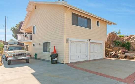 9290 Lakeview Terrace - Photo 18