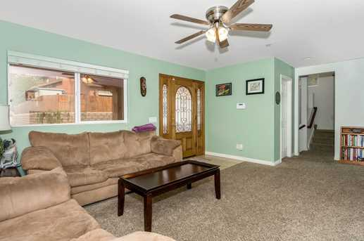 418 Silverbrook Dr - Photo 7