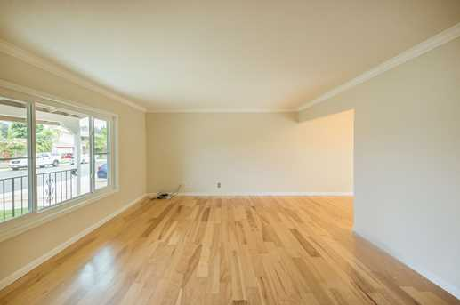 5635 Fontaine St - Photo 3