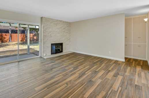 13118 Ridgedale Dr - Photo 3