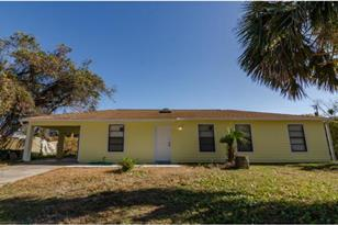 2525 Fern Palm Dr - Photo 1