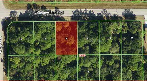15453 Chamberlain Boulevard - Photo 1