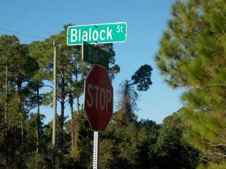 1229  Blalock St - Photo 2
