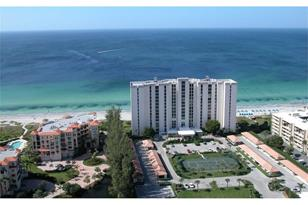 2425 Gulf Of Mexico Dr, Unit #2F - Photo 1