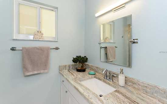 660 Golden Gate Pt, Unit #32 - Photo 20