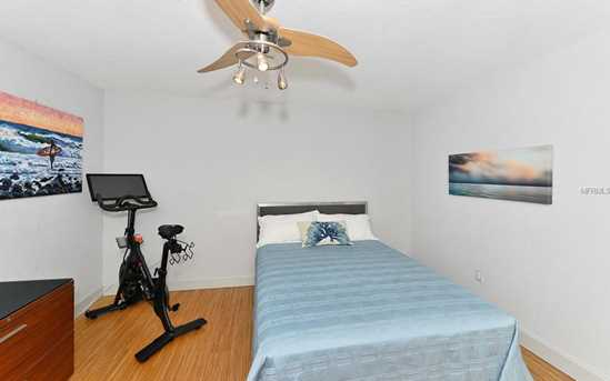 660 Golden Gate Pt, Unit #32 - Photo 21
