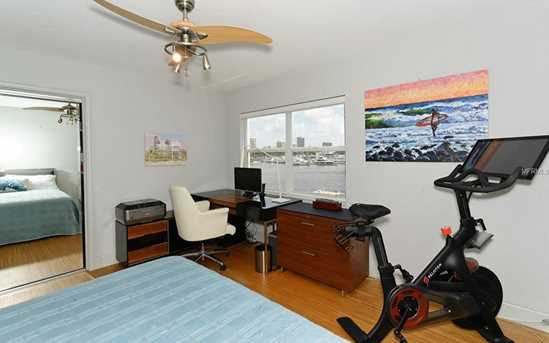 660 Golden Gate Pt, Unit #32 - Photo 19