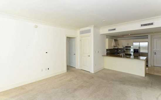 1350 Main St, Unit #1307 - Photo 6