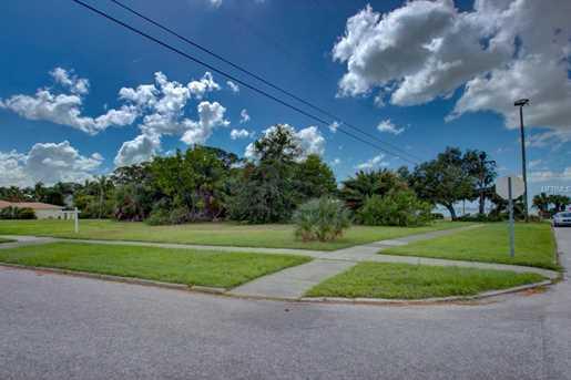 7506 Westmoreland Dr - Photo 11