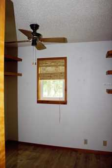 893 Simmons Ave - Photo 9