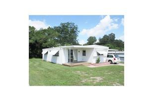 6041 Ridgewood Dr - Photo 1