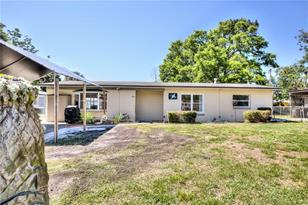 855 Pearl Dr - Photo 1