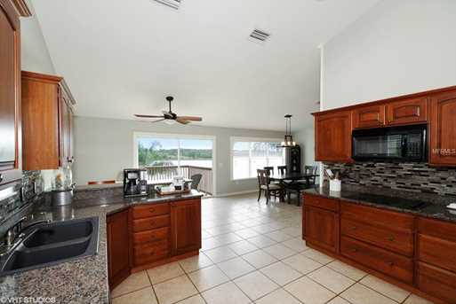551 Gregory Dr - Photo 3