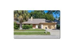 712 Kissimmee Pl - Photo 1