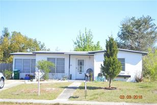 2260 W Dana Dr - Photo 1