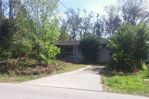 1716 Pine Ave - Photo 1