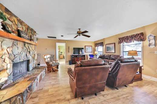 2949 Carriage Ct - Photo 7