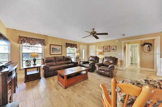 2949 Carriage Ct - Photo 5