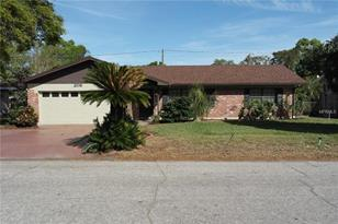 208 Shelley Dr - Photo 1