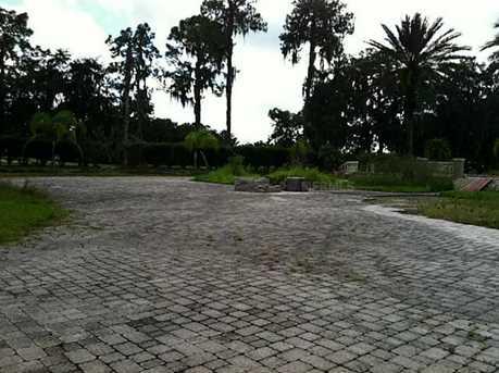 1716 Charleston Woods Court - Photo 5