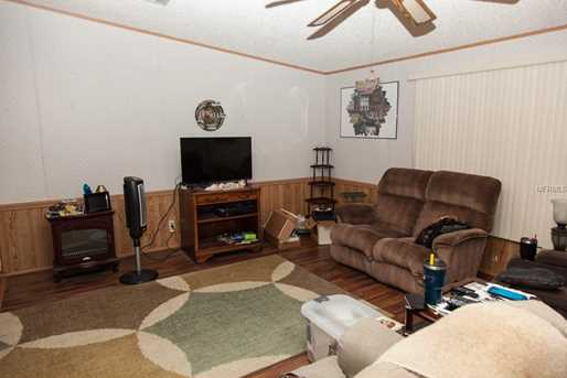 538 Lazy Lake Dr E - Photo 6